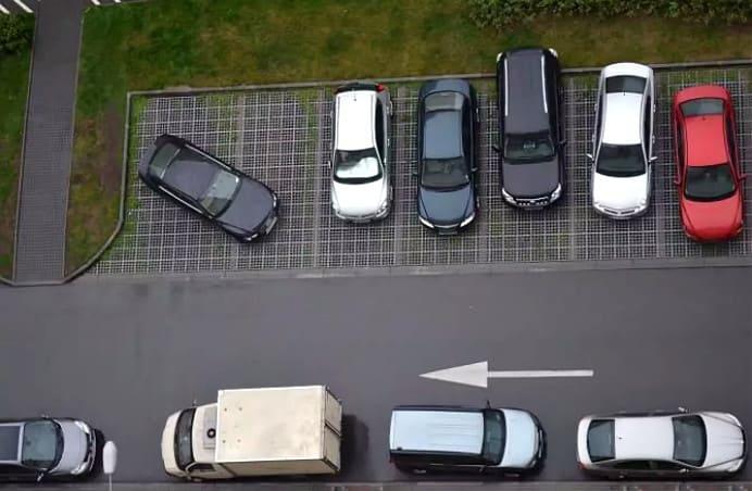 правила парковки автомобиля возле дома